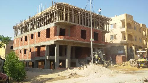 Sell Apartment - in The Fifth Compound - New Cairo - 210 meter - 1300000 Egyptian pound