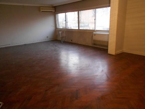 Nice Apartment for Rent in Zamalek /  Rent Apartment - 3 Rooms - in Zamalek - Cairo - 250 meter - 100 United States dollar month
