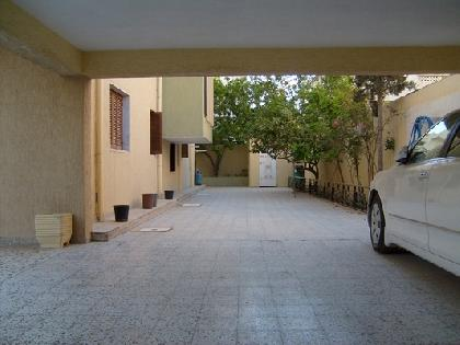 Rent Chalet - 4 Rooms - Tripoli - 700 meter - 7000 Libyan dinar month